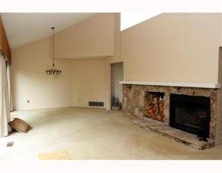 Photo 3: 292 67A Street in Tsawwassen: Boundary Beach Fourplex for sale : MLS®# V782883