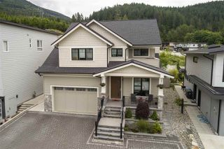 "Main Photo: 40284 ARISTOTLE Drive in Squamish: University Highlands House for sale in ""University Highlands"" : MLS®# R2468673"