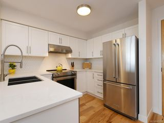 Photo 9: 210 797 Tyee Rd in : VW Victoria West Condo Apartment for sale (Victoria West)  : MLS®# 845708