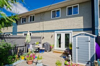 Photo 2: 408 6223 31 Avenue NW in Calgary: Bowness Row/Townhouse for sale : MLS®# A1024048