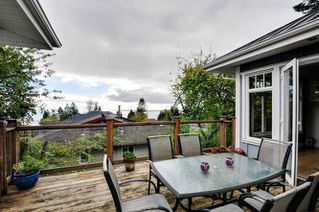 Photo 11: 1331 129A STREET in Surrey: Crescent Bch Ocean Pk. Home for sale ()  : MLS®# R2007596