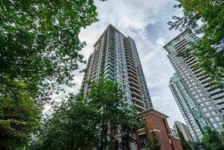 "Main Photo: 905 977 MAINLAND Street in Vancouver: Yaletown Condo for sale in ""Yaletown Park 3"" (Vancouver West)  : MLS®# R2502659"