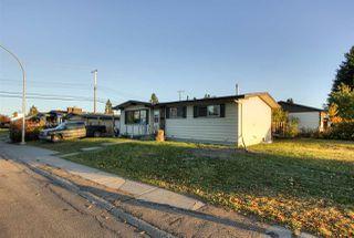 Photo 3: 5715 139 Avenue in Edmonton: Zone 02 House for sale : MLS®# E4217860