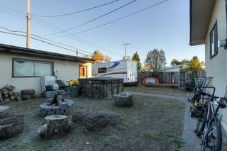 Photo 18: 5715 139 Avenue in Edmonton: Zone 02 House for sale : MLS®# E4217860