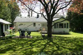 Photo 2: 28 Maplewood Avenue in Beaverton: House (Bungalow) for sale (N24: BEAVERTON)  : MLS®# N1859073