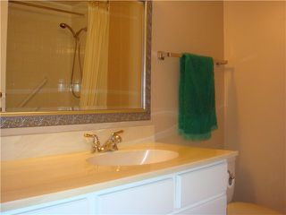 "Photo 7: 402 740 HAMILTON Street in New Westminster: Uptown NW Condo for sale in ""THE STATESMAN"" : MLS®# V837484"