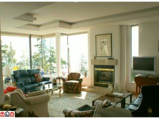 Photo 4: 1229 MARTIN Street: White Rock 1/2 Duplex for sale (South Surrey White Rock)  : MLS®# F1020789