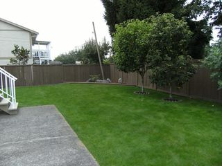 """Photo 10: 6472 130A Street in Surrey: West Newton House for sale in """"DEER PARK"""" : MLS®# F2827525"""