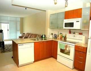 """Photo 2: 324 4078 KNIGHT Street in Vancouver: Knight Condo for sale in """"KING EDWARD VILLAGE"""" (Vancouver East)  : MLS®# V761467"""