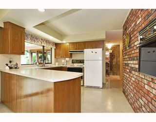 Photo 4: 1091 SKANA Drive in Tsawwassen: English Bluff House for sale : MLS®# V773497