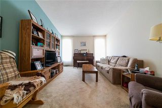 Photo 3: 67 Robertson Crescent in Winnipeg: Bright Oaks Residential for sale (2C)  : MLS®# 1919882