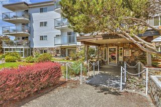 Photo 10: 103 848 Esquimalt Road in VICTORIA: Es Old Esquimalt Condo Apartment for sale (Esquimalt)  : MLS®# 413959