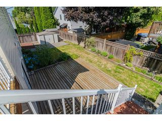 """Photo 18: 9194 212A Place in Langley: Walnut Grove House for sale in """"Central Walnut Grove"""" : MLS®# R2404799"""