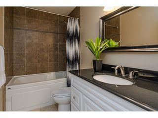 """Photo 16: 9194 212A Place in Langley: Walnut Grove House for sale in """"Central Walnut Grove"""" : MLS®# R2404799"""