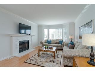 """Photo 4: 9194 212A Place in Langley: Walnut Grove House for sale in """"Central Walnut Grove"""" : MLS®# R2404799"""
