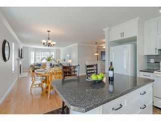 """Photo 11: 9194 212A Place in Langley: Walnut Grove House for sale in """"Central Walnut Grove"""" : MLS®# R2404799"""