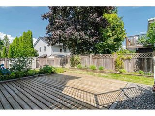 "Photo 17: 9194 212A Place in Langley: Walnut Grove House for sale in ""Central Walnut Grove"" : MLS®# R2404799"