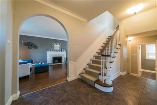 Photo 2: 812 Kebir Place in Winnipeg: Fort Garry Residential for sale (1J)  : MLS®# 1926185