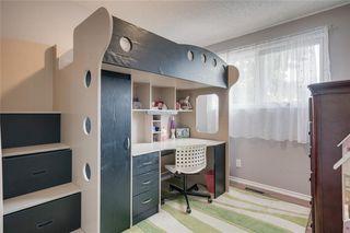 Photo 13: 6811 29 Avenue NE in Calgary: Pineridge Detached for sale : MLS®# C4303383