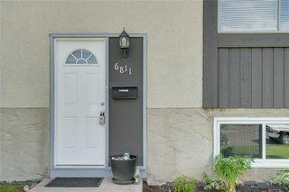 Photo 2: 6811 29 Avenue NE in Calgary: Pineridge Detached for sale : MLS®# C4303383