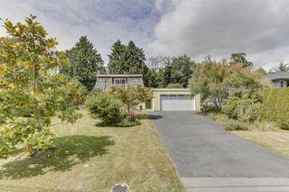"Photo 2: 4953 10A Avenue in Delta: Tsawwassen Central House for sale in ""CENTRAL TSAWWASSEN"" (Tsawwassen)  : MLS®# R2474510"
