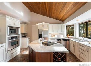 Photo 10: 3934 Shell Beach Rd in Ladysmith: Du Ladysmith Single Family Detached for sale (Duncan)  : MLS®# 839535