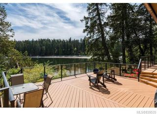 Photo 4: 3934 Shell Beach Rd in Ladysmith: Du Ladysmith Single Family Detached for sale (Duncan)  : MLS®# 839535