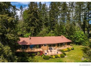 Photo 2: 3934 Shell Beach Rd in Ladysmith: Du Ladysmith Single Family Detached for sale (Duncan)  : MLS®# 839535