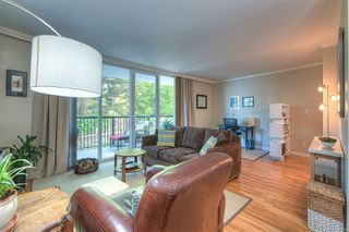 Photo 3: 406 1159 Beach Dr in : OB South Oak Bay Condo for sale (Oak Bay)  : MLS®# 851251