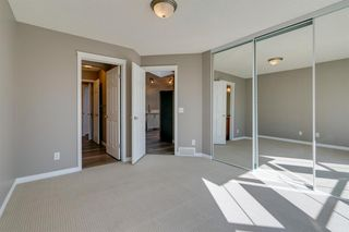 Photo 19: 350 PRESTWICK Circle SE in Calgary: McKenzie Towne Detached for sale : MLS®# A1029384