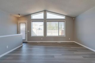 Photo 7: 350 PRESTWICK Circle SE in Calgary: McKenzie Towne Detached for sale : MLS®# A1029384