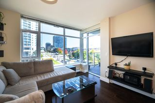 Main Photo: 503 158 W 13TH Street in North Vancouver: Central Lonsdale Condo for sale : MLS®# R2504718