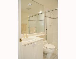 "Photo 6: 204 789 W 16TH Avenue in Vancouver: Fairview VW Condo for sale in ""SIXTEEN WILLOWS"" (Vancouver West)  : MLS®# V786069"