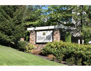 "Photo 1: 224 1465 PARKWAY Boulevard in Coquitlam: Westwood Plateau Townhouse for sale in ""SILVER OAKS"" : MLS®# V787781"