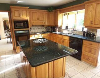 Photo 3:  in WINNIPEG: Windsor Park / Southdale / Island Lakes Residential for sale (South East Winnipeg)  : MLS®# 2918640