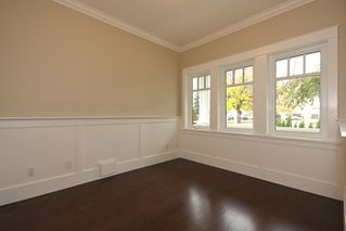 Photo 4: A 4570 51ST Street in Ladner: Ladner Elementary House for sale : MLS®# V856049