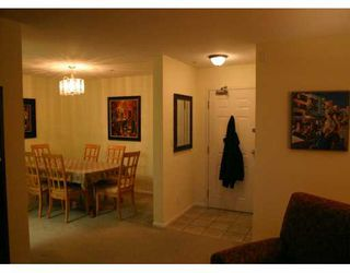 "Photo 5: 209 223 MOUNTAIN HY in North Vancouver: Lynnmour Condo for sale in ""MOUNTAIN VILLAGE"" : MLS®# V569856"