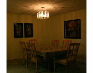 "Photo 3: 209 223 MOUNTAIN HY in North Vancouver: Lynnmour Condo for sale in ""MOUNTAIN VILLAGE"" : MLS®# V569856"