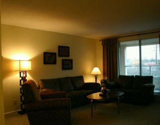 "Photo 2: 209 223 MOUNTAIN HY in North Vancouver: Lynnmour Condo for sale in ""MOUNTAIN VILLAGE"" : MLS®# V569856"