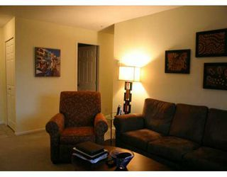 "Photo 8: 209 223 MOUNTAIN HY in North Vancouver: Lynnmour Condo for sale in ""MOUNTAIN VILLAGE"" : MLS®# V569856"