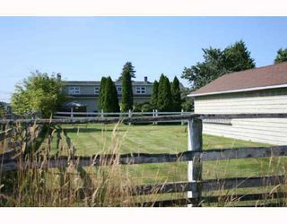 Photo 2: 4811 36TH Avenue in Ladner: Ladner Rural House for sale : MLS®# V724583