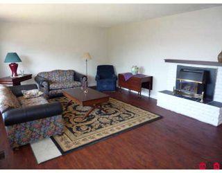 "Photo 3: 45601 FERNWAY Avenue in Chilliwack: Chilliwack N Yale-Well House for sale in ""CHILLIWACK N YALE-WELL"" : MLS®# H2901798"