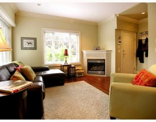 """Photo 4: 2251 CAROLINA Street in Vancouver: Mount Pleasant VE Townhouse for sale in """"CAROLINA ON 7TH"""" (Vancouver East)  : MLS®# V766943"""