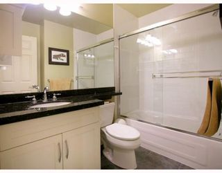"""Photo 9: 2251 CAROLINA Street in Vancouver: Mount Pleasant VE Townhouse for sale in """"CAROLINA ON 7TH"""" (Vancouver East)  : MLS®# V766943"""