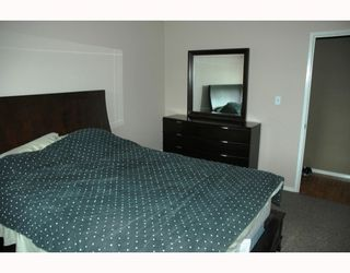 Photo 4: 4204 QUENTIN Avenue in Prince_George: Lakewood House Duplex for sale (PG City West (Zone 71))  : MLS®# N193049