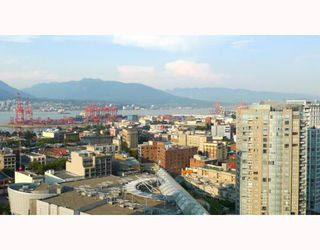 "Photo 8: 3006 188 KEEFER Place in Vancouver: Downtown VW Condo for sale in ""ESPANA - TOWER B"" (Vancouver West)  : MLS®# V779742"