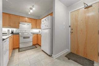 Photo 11: 211 808 SANGSTER Place in New Westminster: The Heights NW Condo for sale : MLS®# R2408219