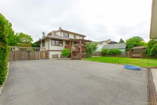 "Photo 18: 7444 GOVERNMENT Road in Burnaby: Government Road House for sale in ""Government Road Area"" (Burnaby North)  : MLS®# R2416038"