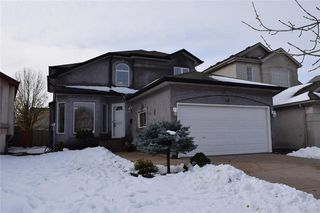 Photo 1: 18 St Albans Road in Winnipeg: Whyte Ridge Residential for sale (1P)  : MLS®# 202003232