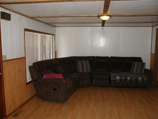 Photo 2: 535 DOUGLAS Street in Hope: Hope Center House for sale : MLS®# R2459629